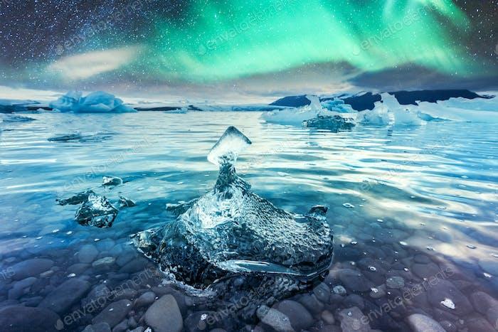 Aurora Borealis in der Jokulsarlon Gletscherlagune