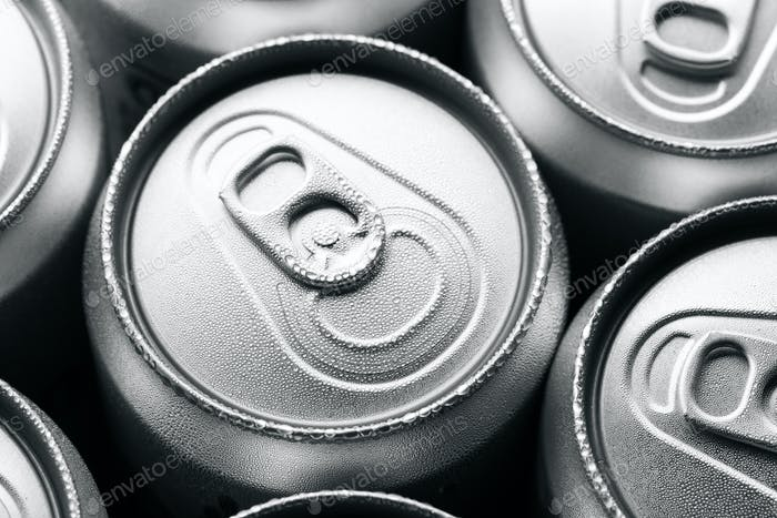 Condensation on the top of cans of drinks