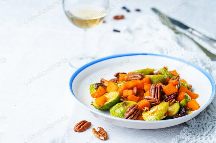 roasted brussels sprouts honey pumpkin pecan salad