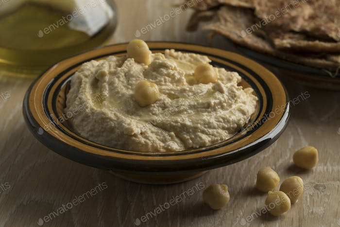 Traditional Lebanese hummus