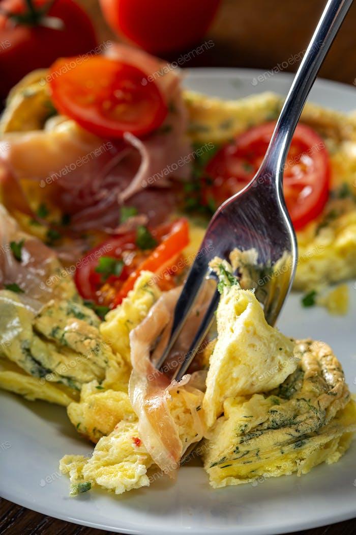 Iss hinteres Omelett