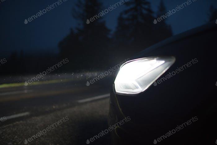 Saubere helle Auto-Scheinwerfer