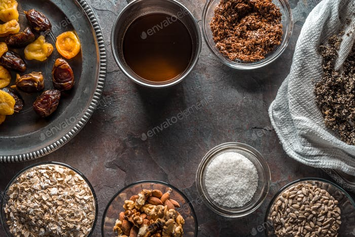 Dried fruits, nuts, syrup and cannabis seeds for the preparation of granola