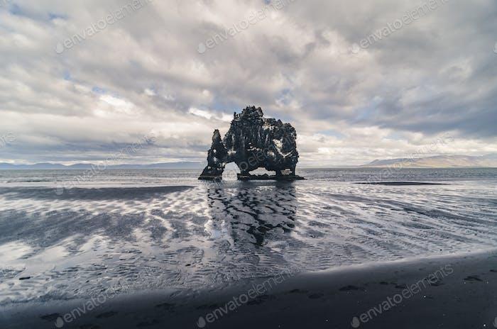 Hvitserkur Felsformation, Island