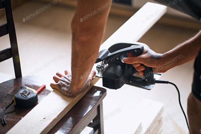 Close up image of circular handsaw.