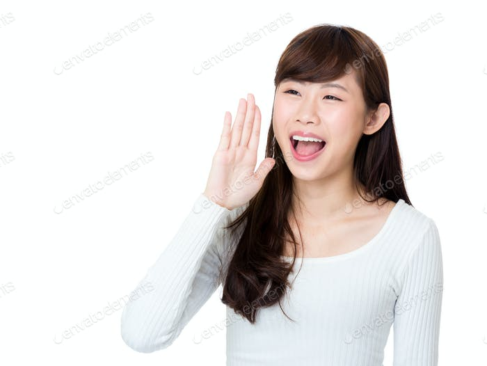 Asiatische Frau schreien
