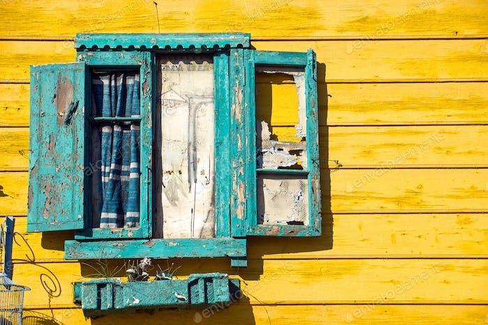 Window detail in La Boca