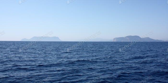 Segeln Sie nach Sardinien Insel