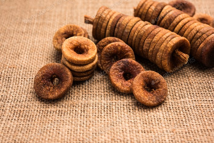 Indian Anjeer or Dried Figs is a healthy Dry Fruit