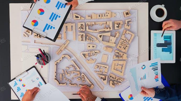 Планировщик проекта и обсуждение архитектуры с командой