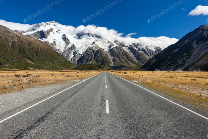 Road leading into Aoraki Mt Cook National Park NZ