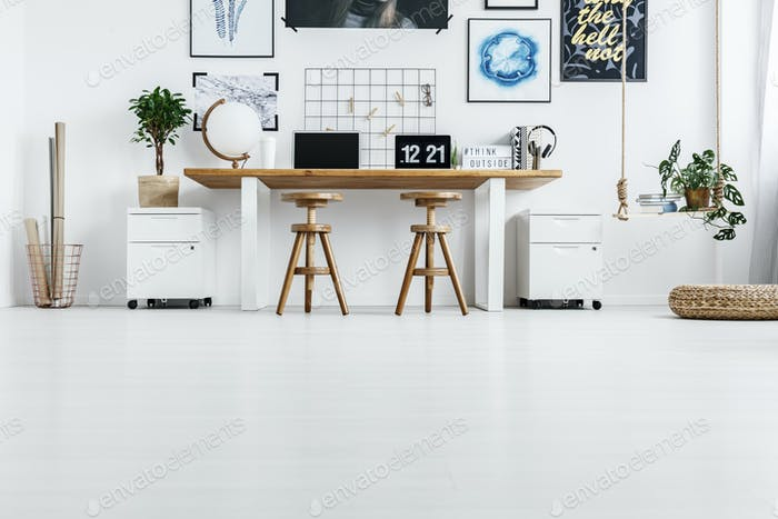 Working space for couple