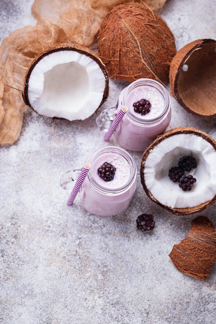 Milkshake with blackberries and coconut