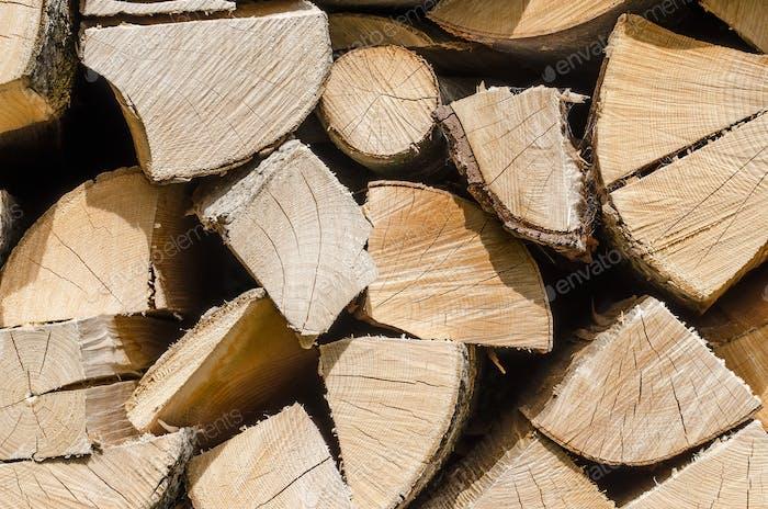 Gespaltet, getrocknet und gestapelt Brennholz, horizontal