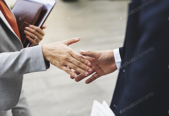 Acuerdo de asociación Corporativa Concepto de trabajador de oficina