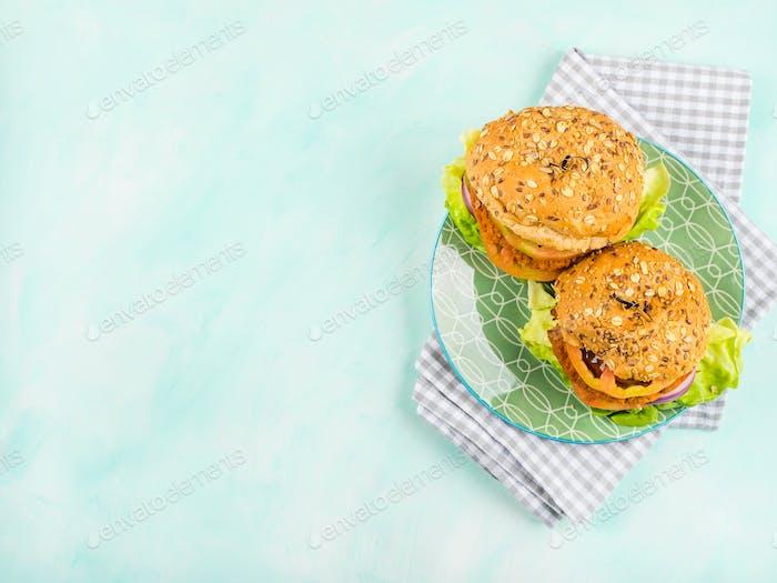 Vegan vegetable burgers with spelt buns