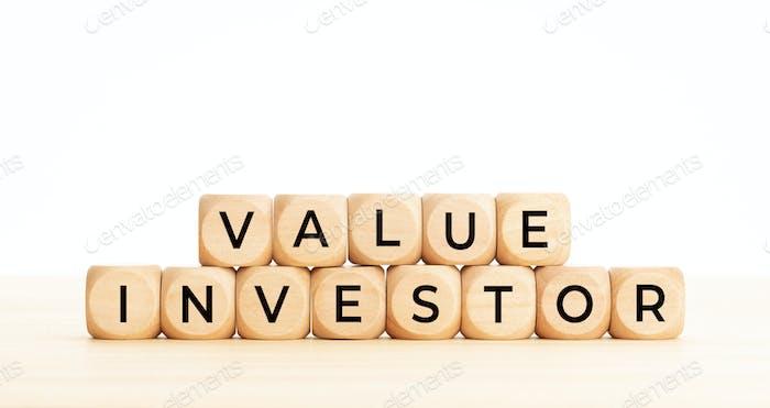 Frase de inversor de valor en forma de bloque de madera