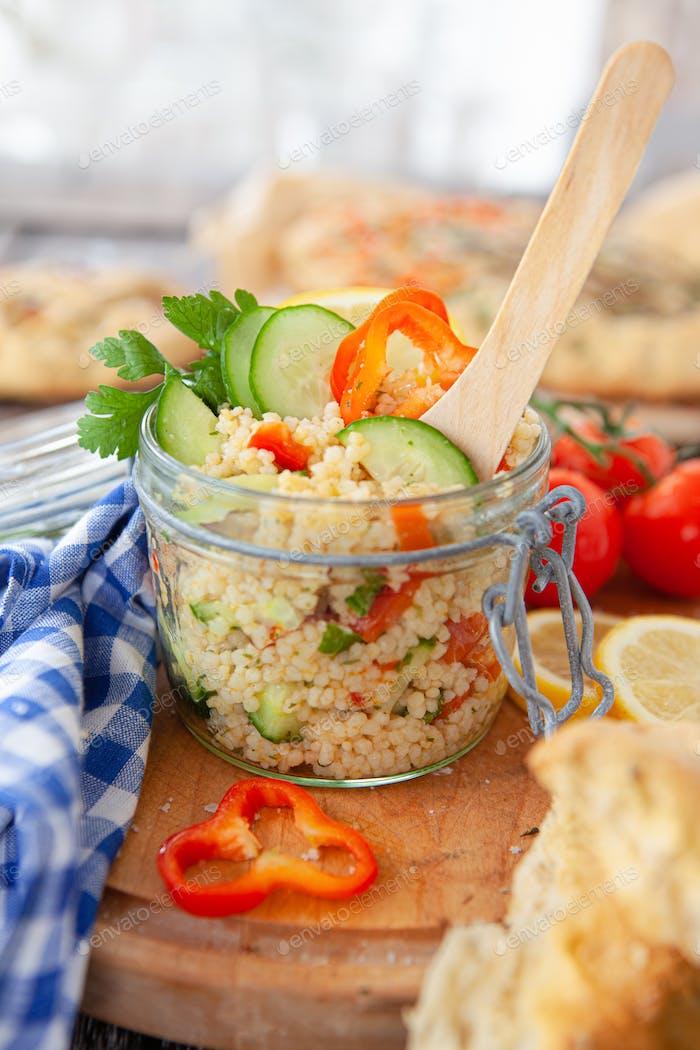 Pearl Couscous Salat