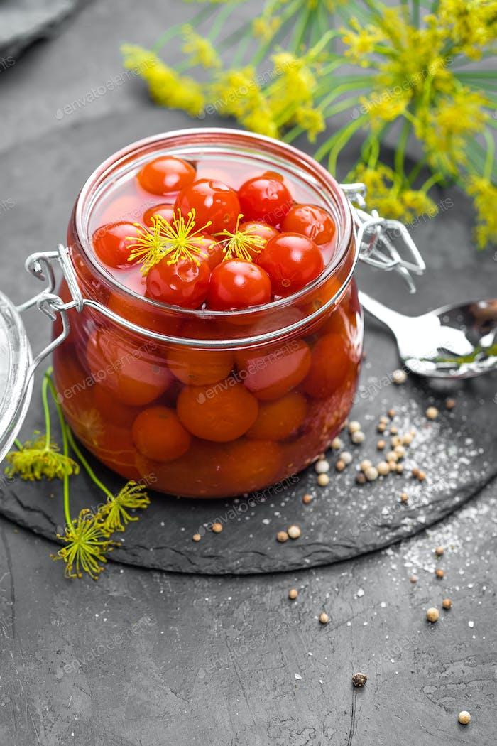 Marinierte Tomaten