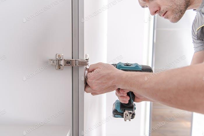 Cabinet Doors Installation