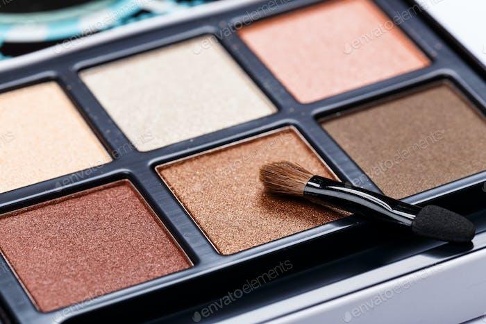 Eyeshadow palette brown colors