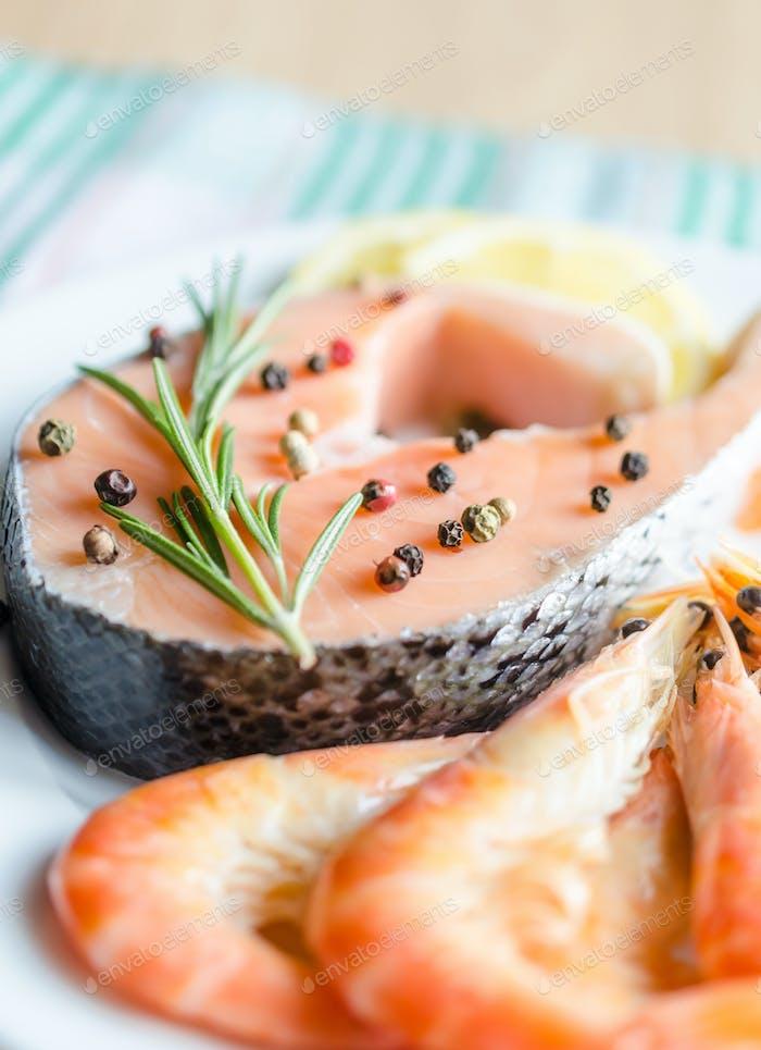 Salmon & shrimps