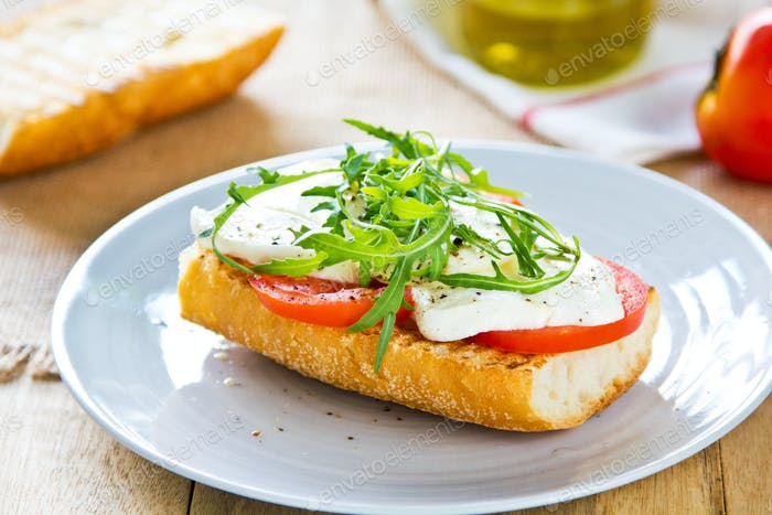 Mozzarella with rocket sandwich