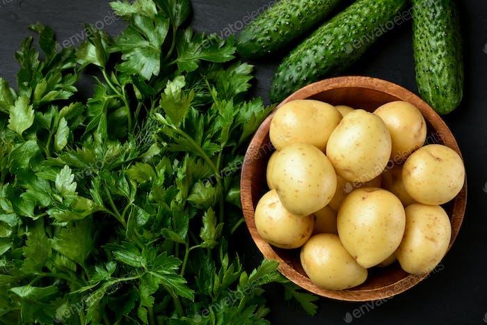 Frische rohe Kartoffeln
