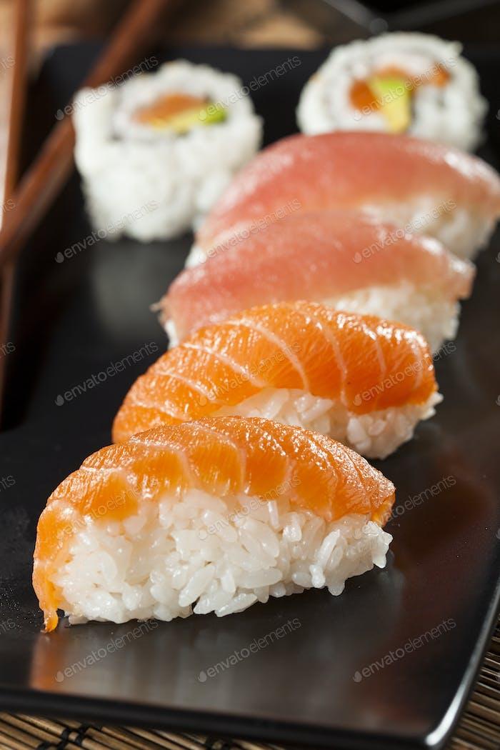 Gesundes japanisches Nigiri Sushi