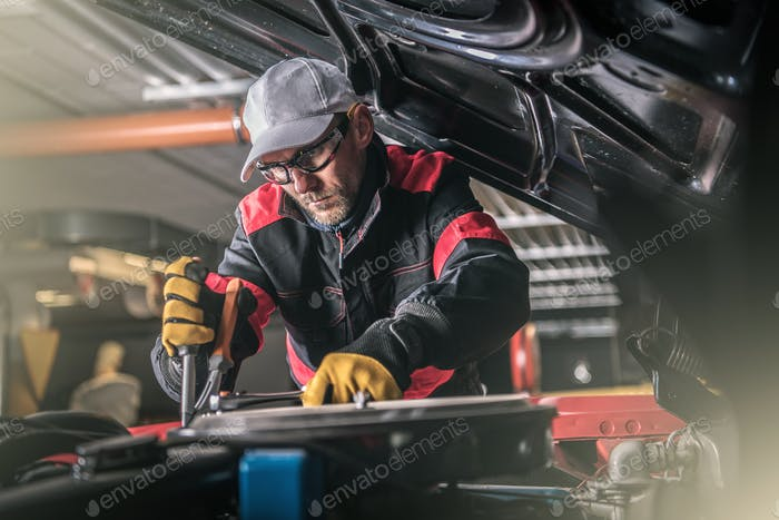 Automotive Pro Mechanic