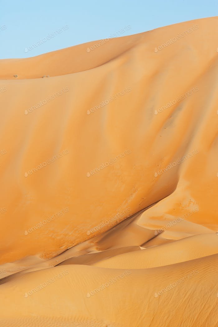 Abstract Dune Patterns in the Empty Quarter