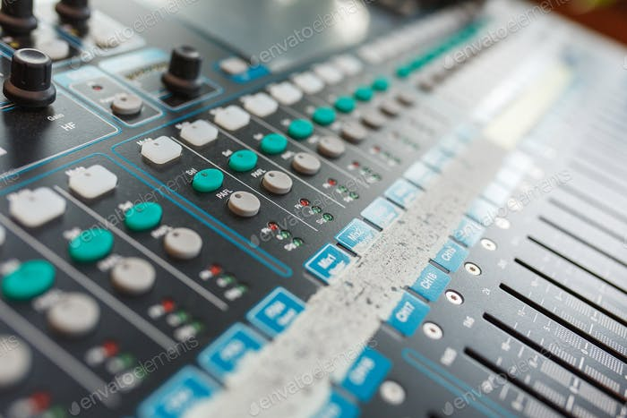 Equipo para DJ y músicos mezclador de Sonido.