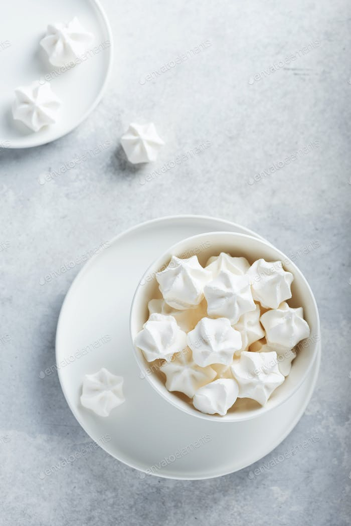 Sweet white meringue