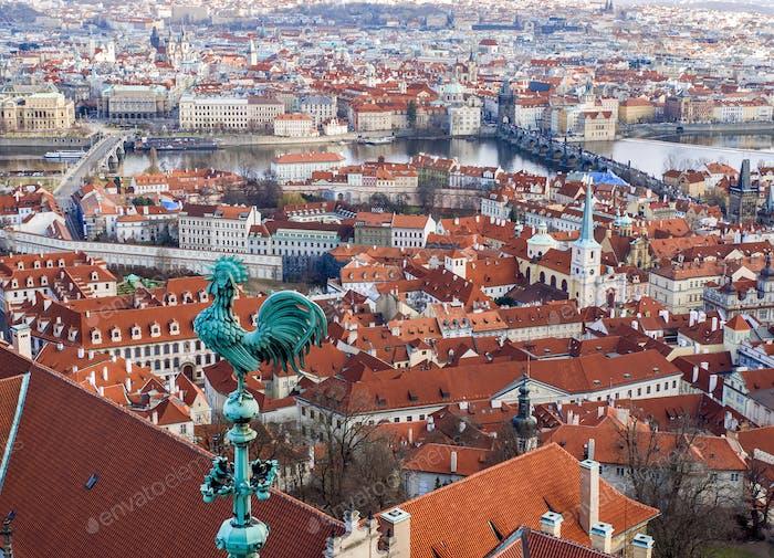 Der Blick über Prag von der St. Veitus-Kathedrale
