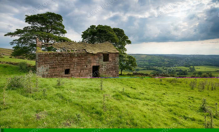 Roach End Barn in the Peak District