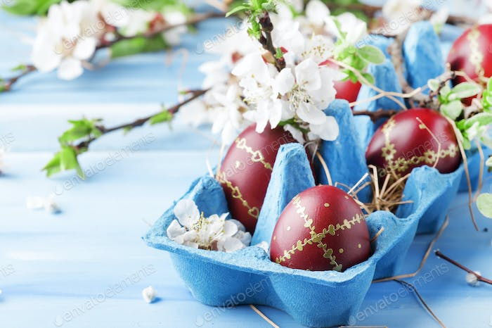 Easter eggs and spring white flowers