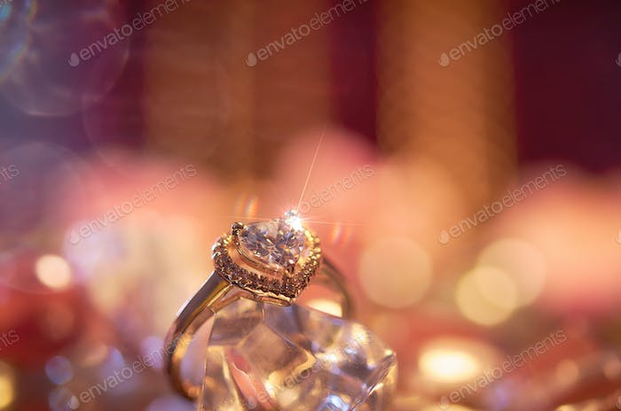The heart shape engagement ring
