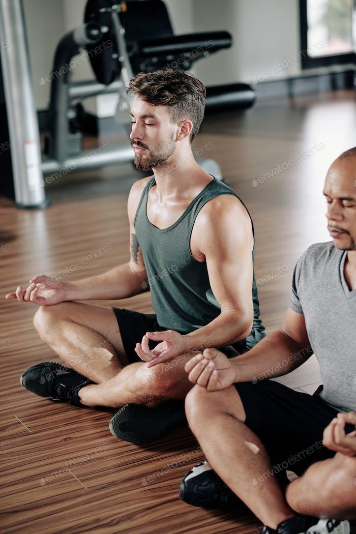 Meditating athlets