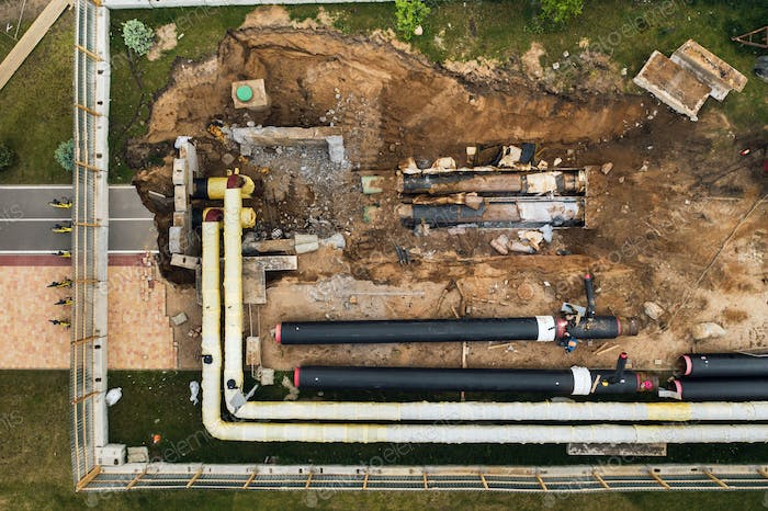 Repair and replacement of the pipeline in Minsk.Replacing the old pipeline in the city.Repair of the