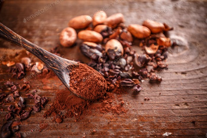 Cocoa (cacao) beans