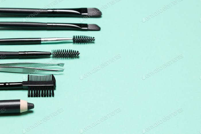 Eyebrow grooming tools with free space for text