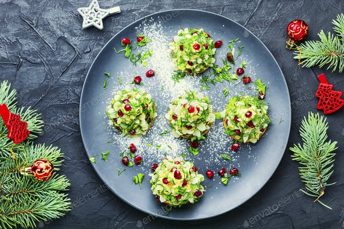 Appetitliche Weihnachts-Kanapees.