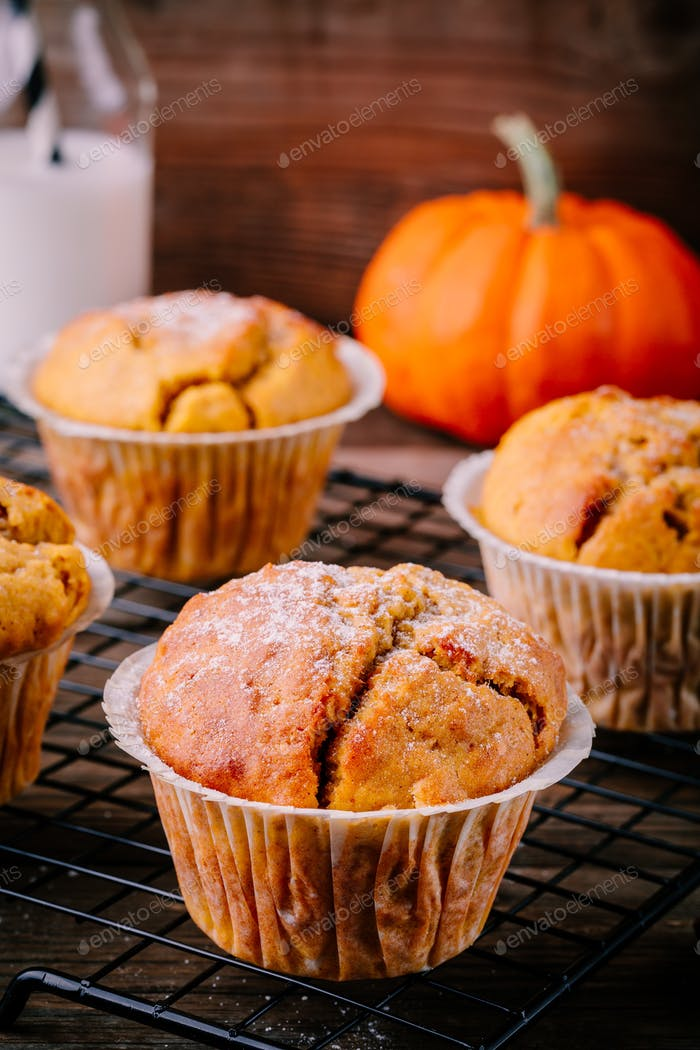 Homemade Autumn Pumpkin Muffins