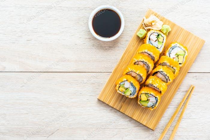 California maki rolls sushi