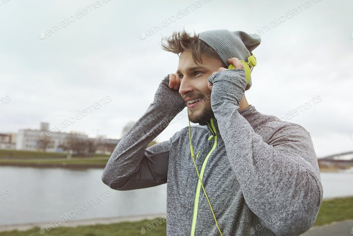 Good music is motivation for running