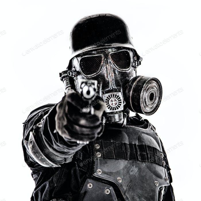 Futuristische Nazi-Soldat schießen Sie sind zum Scheitern verurteilt