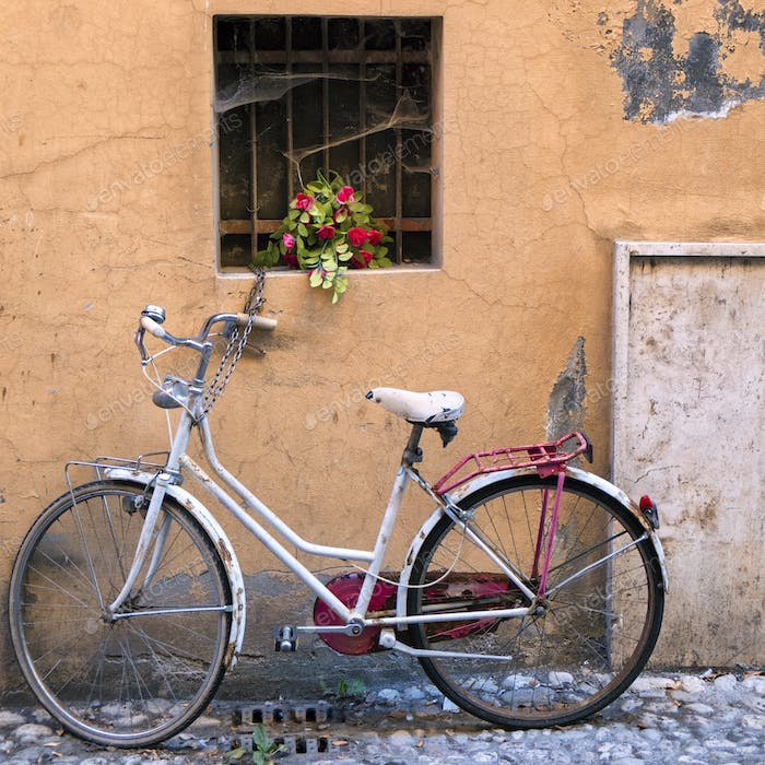 Rieti (Italy), white bicycle and flowers