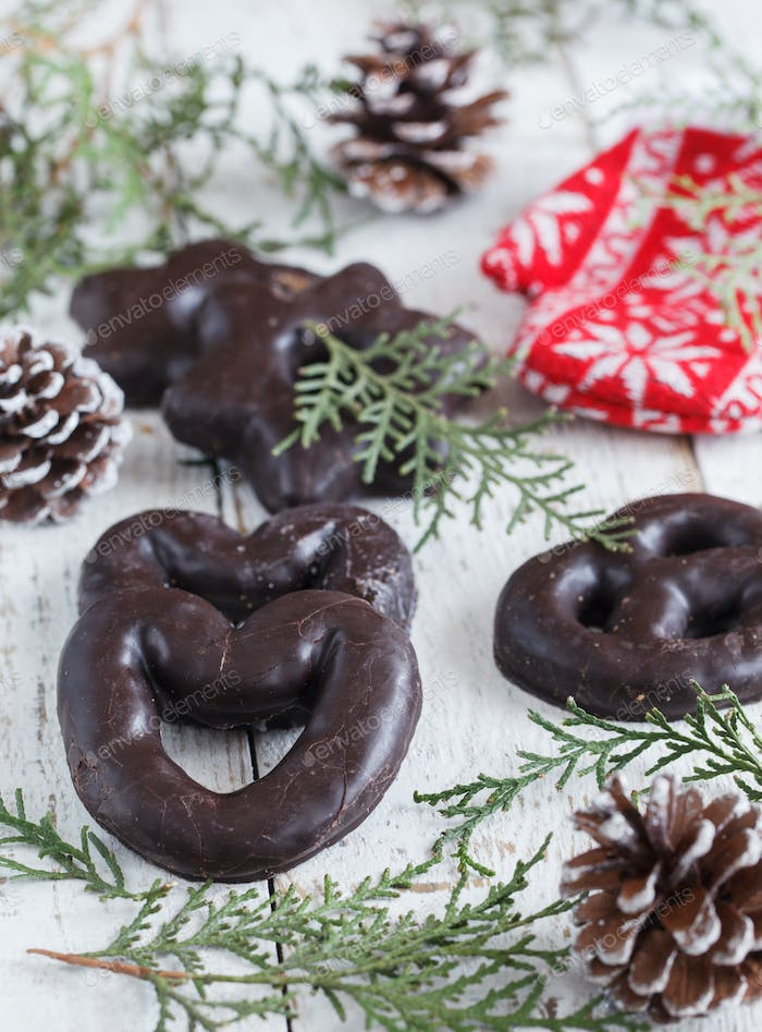 Christmas cakes in chocolate.
