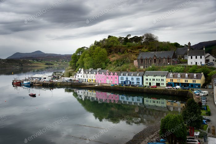 Houses of Portree, Skye