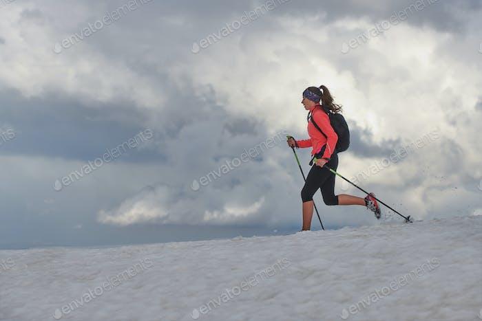 Skyrunning girl practices